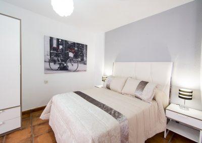 Granada apartamentos en calle pavaneras