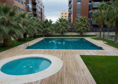 apartamentos turísticos Granada capital con piscina