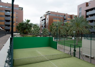 apartamentos turísticos Granada capital con padel